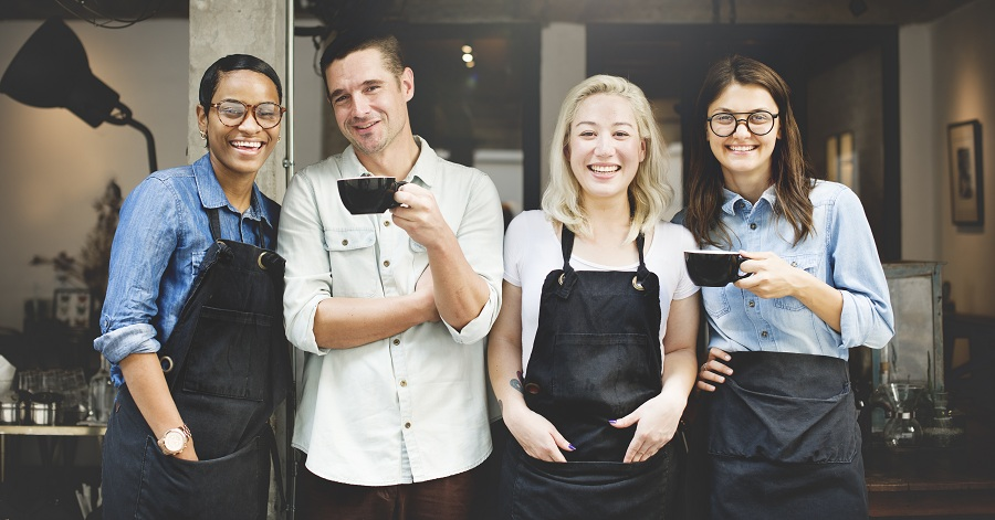 How Important Is Restaurant Staff Presentation To Customer